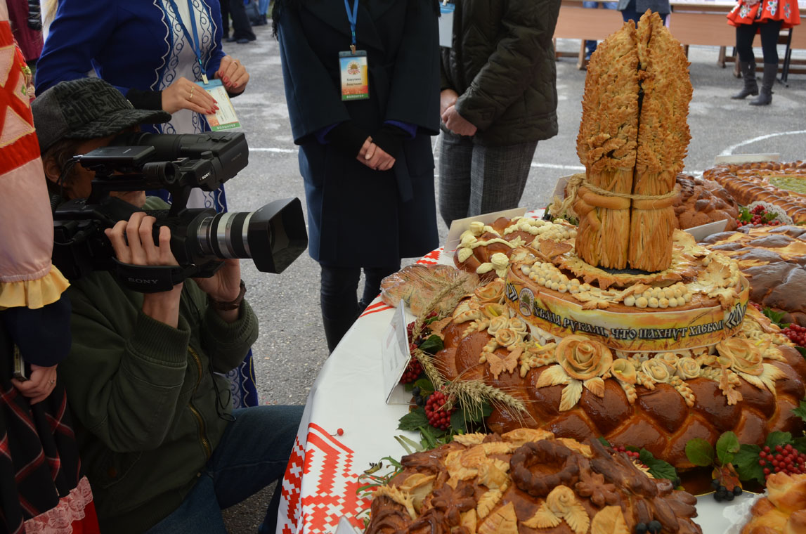 Рязанцы продегустировали караваи и выбрали лучших пекарей